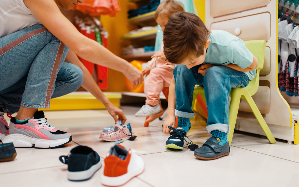 Kick-start kids' summer with shoe-shopping tips for parents