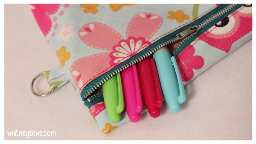 Oilcloth Zipper Pouch with Strap how to from Whitney Sews