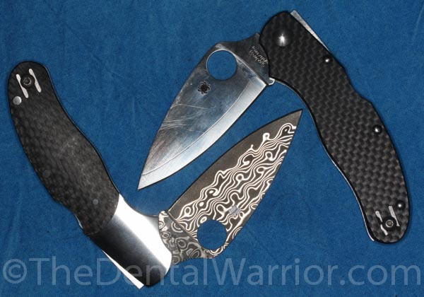 The Caly 3 on top / right. The new (limited to 1000 made) Caly 3 Damascus Steel on the bottom / left.