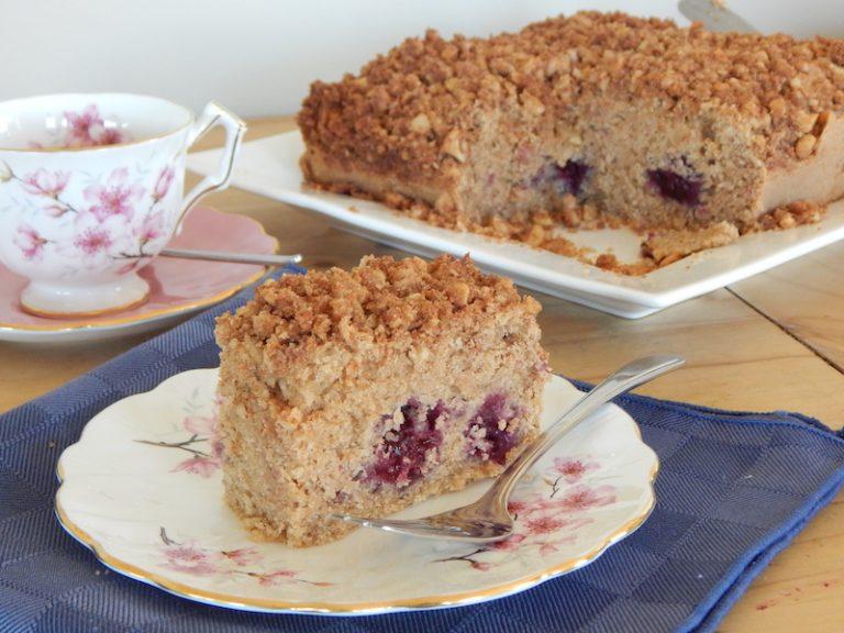 Blackberry Crumb Cake | Anita's Organic Mill