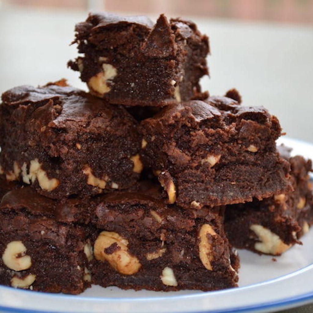 Spelt Brownies with Salted Cashews | Anita's Organic Mix