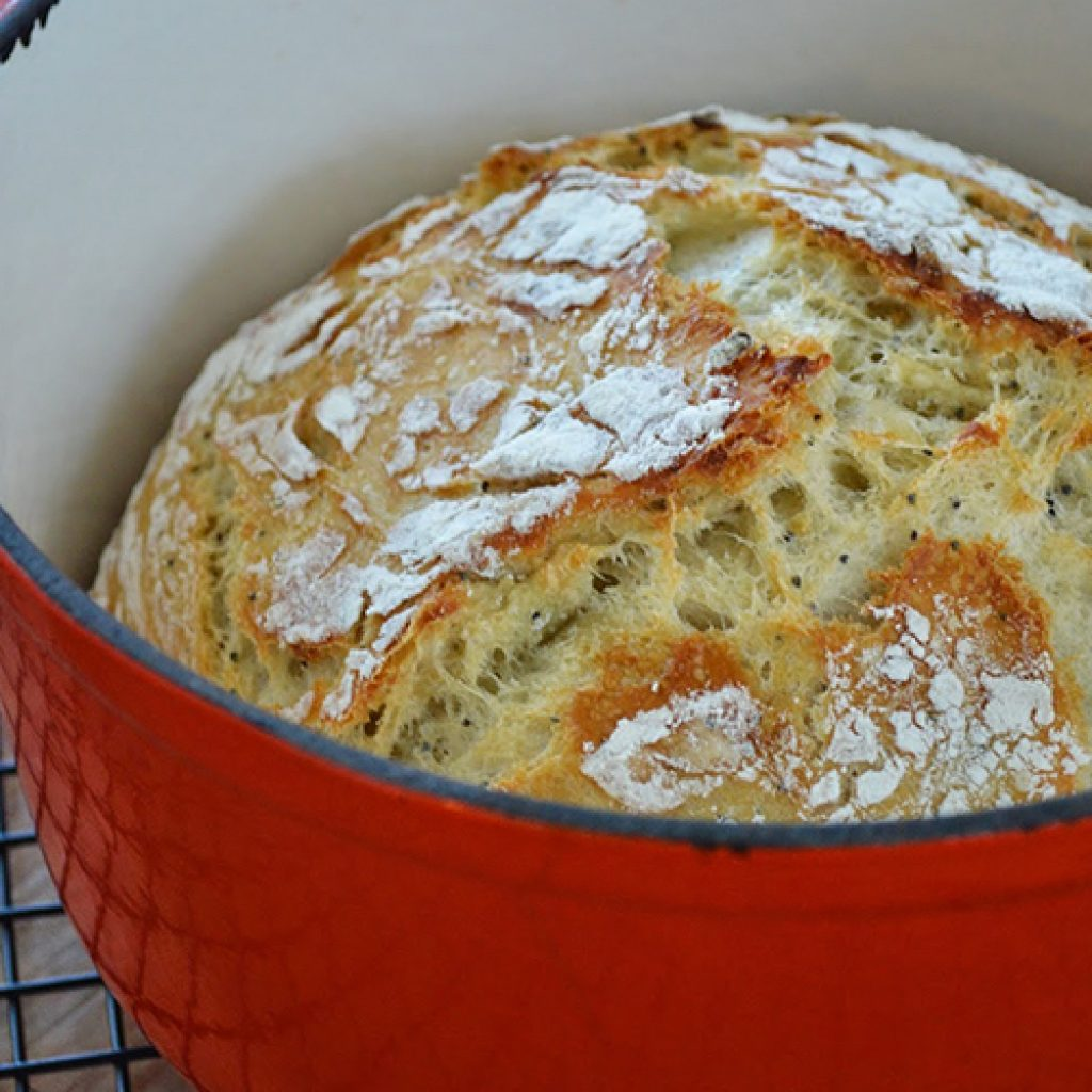 The Dutch Oven Method for Great Bread Crust | Anita's Organic Mill