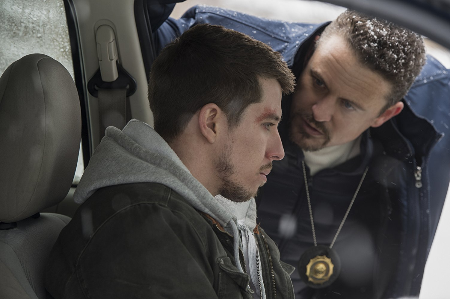 David Lyons and Beau Knapp in Seven Seconds (2018)