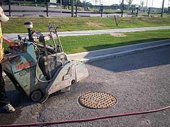 asphalt-sawing