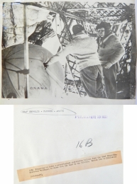 1931--Preparing for radiosonde release