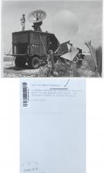 1949 - Weather balloon launch - Eniwetok