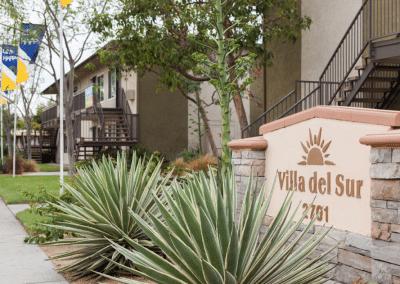 Villa del Sur front area