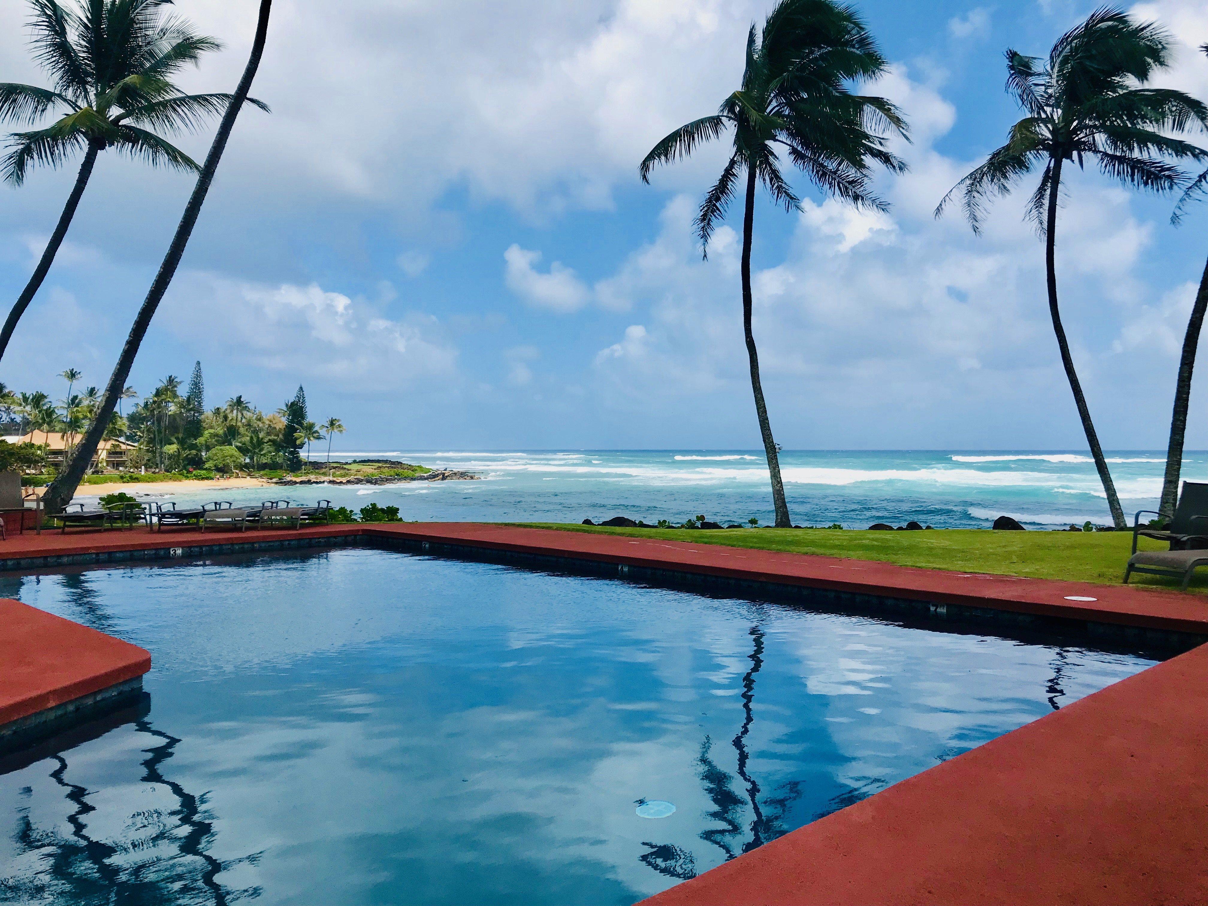 Aloha Manor Spectacular  Ocean Front Sleeps 6