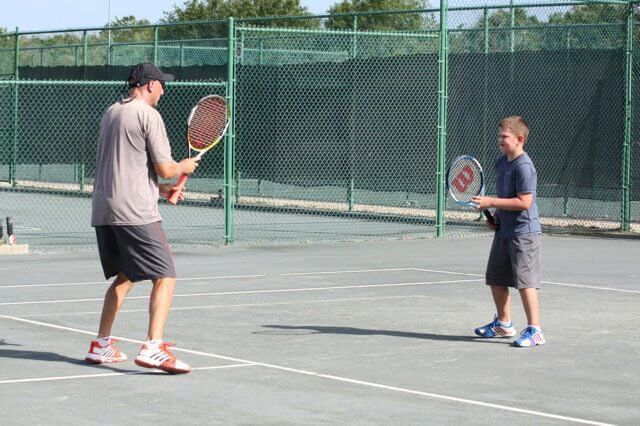 Traveling Tennis Pros - Junior Tennis Lesson