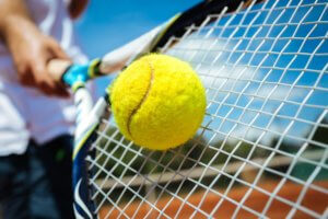 Adjust Your String Tension to Your Hitting Style by Steve Annacone