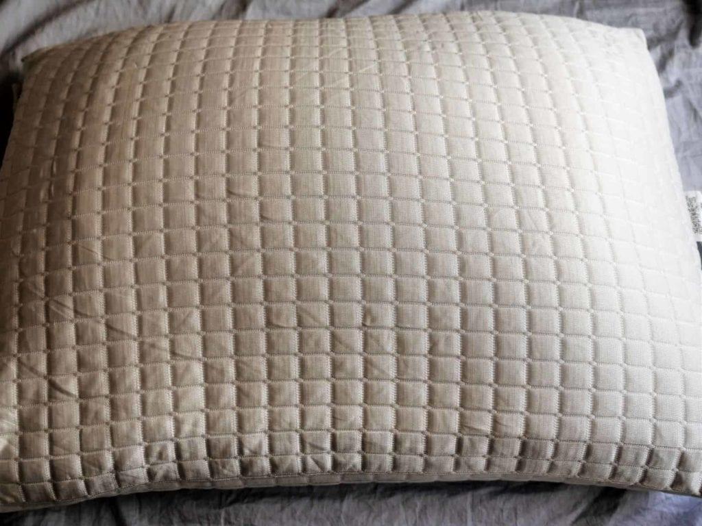 eight sleep cool pillow