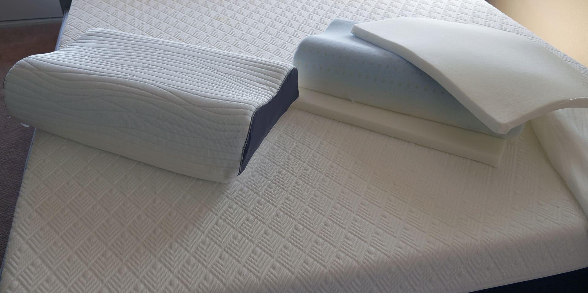 Dreamcloud Contour Pillow