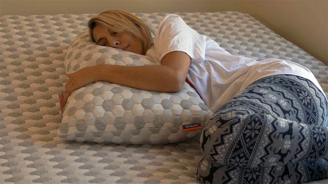 rana on layla pillow 1080x608