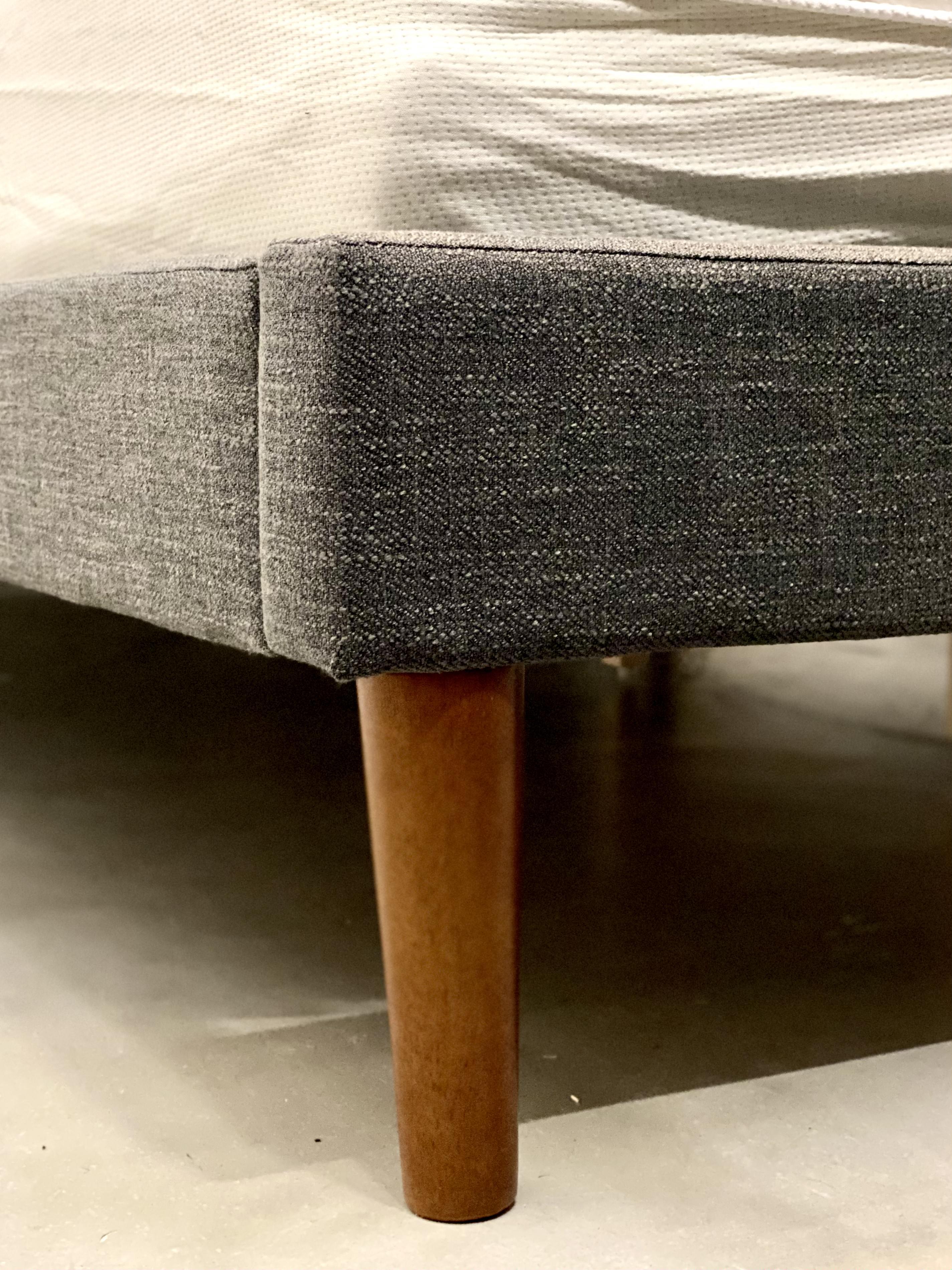OkiOki Upholstered Bed Detail