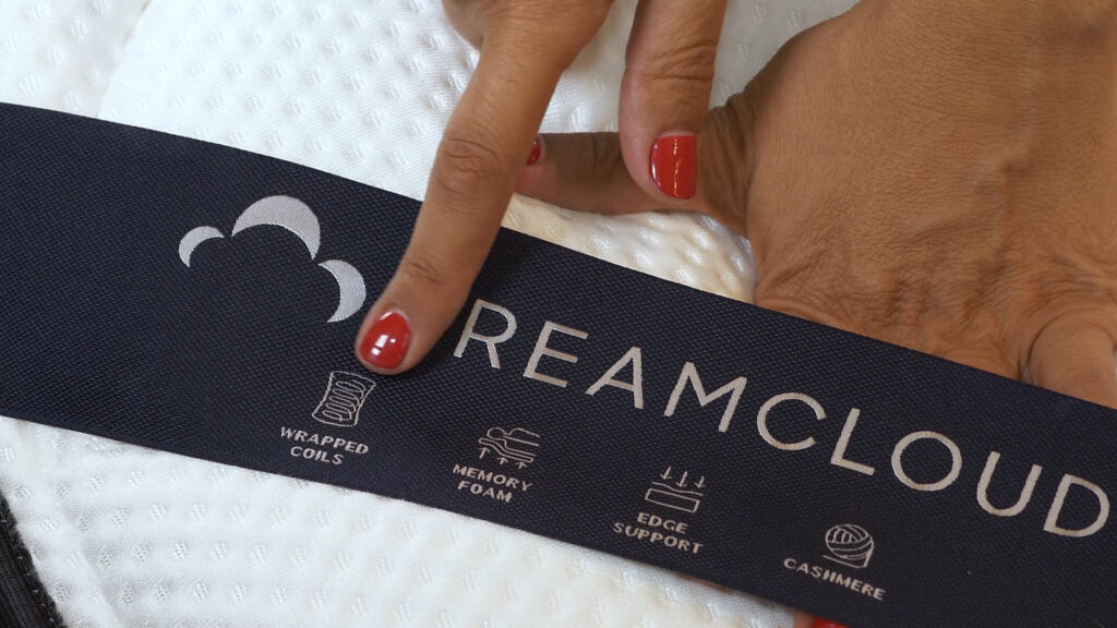 the dreamcloud mattress tag