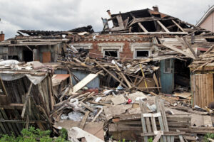 An insurance adjuster can help you with hurricane claims