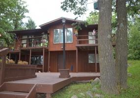 10504 18th Ave NE,Bottineau,North Dakota 58318,3 Bedrooms Bedrooms,2 BathroomsBathrooms,Lake House,18th Ave NE,1138