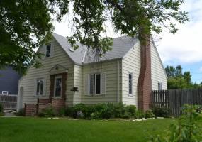 609 Ohmer Street,Bottineau,North Dakota 58318,4 Bedrooms Bedrooms,2 BathroomsBathrooms,Land,Ohmer Street,1147