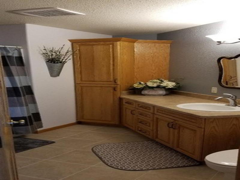 1017 Main Street,Bottineau,North Dakota 58318,2 Bedrooms Bedrooms,2 BathroomsBathrooms,Residental,Main Street,1417