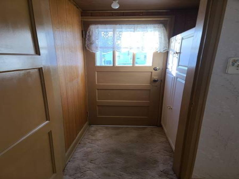 209 10th Street West,Bottineau,North Dakota 58318,2 Bedrooms Bedrooms,1 BathroomBathrooms,Residental,10th Street West,1427