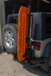 Hi-Lift Extreme and Maxtrax installed on the AEV hi-lift mount