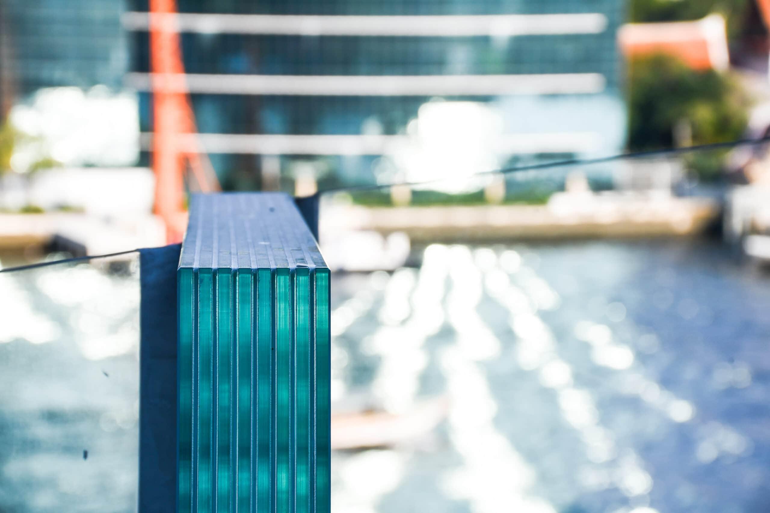 tempered laminated glass interlayer filmed panels frameless, safety glass for modern architectural buildings.