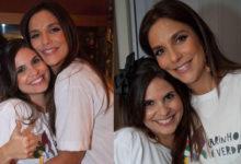 Aline Barros e Ivete Sangalo abraçadas durante evento. (Foto: Reprodução/Twitter)