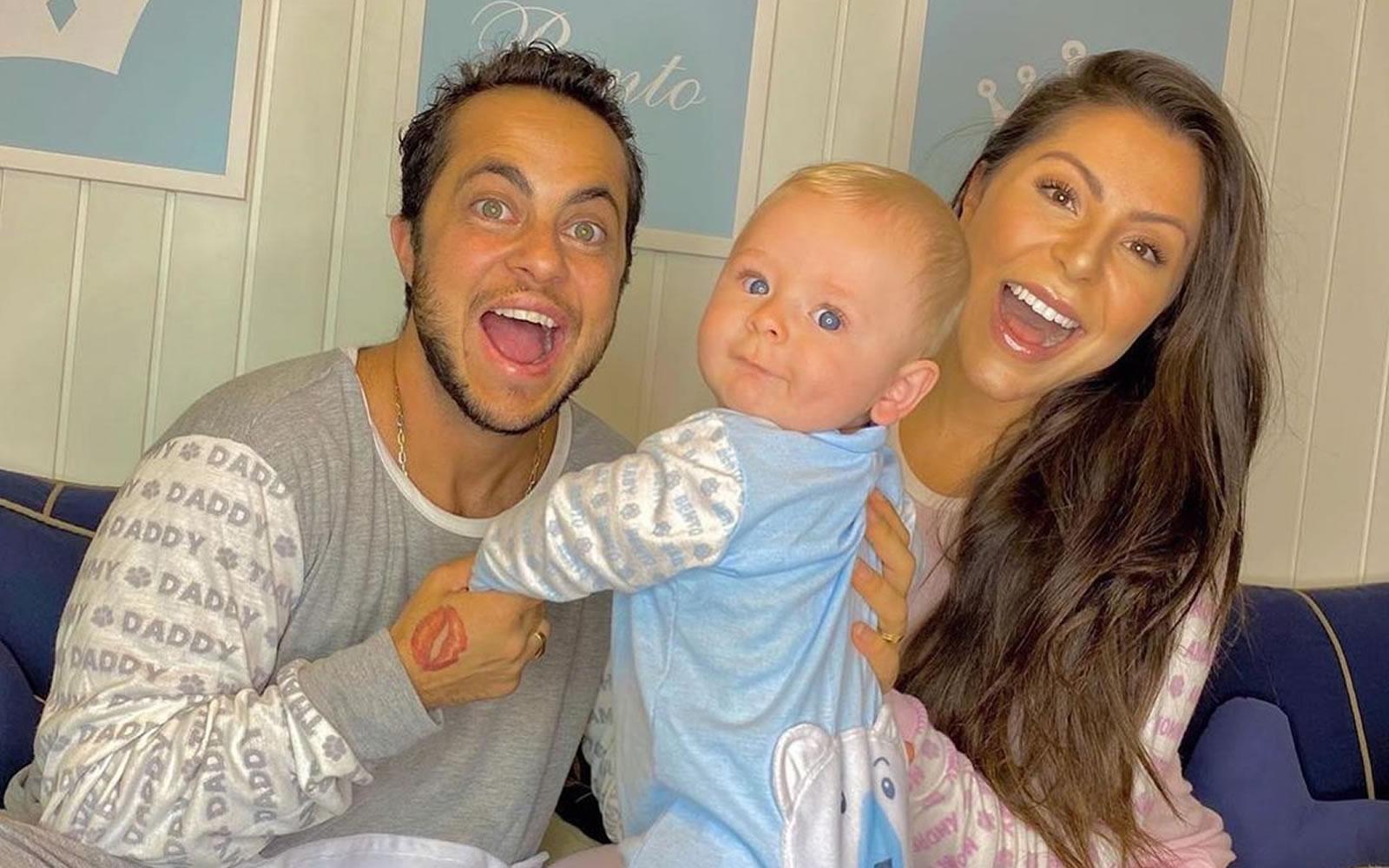 Thammy e Andressa com o filho, Bento. (Foto: Reprodução/Instagram)