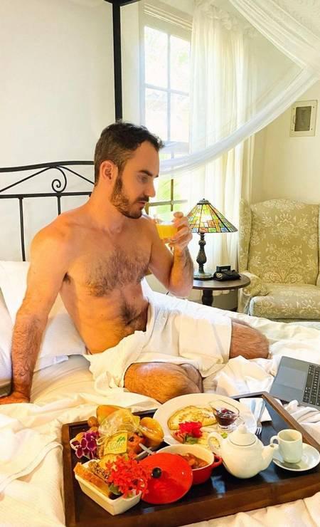 Aaron Salles Fernandes Silva Torres, hospedado em hotel de alto luxo. (Foto: Reprodução)