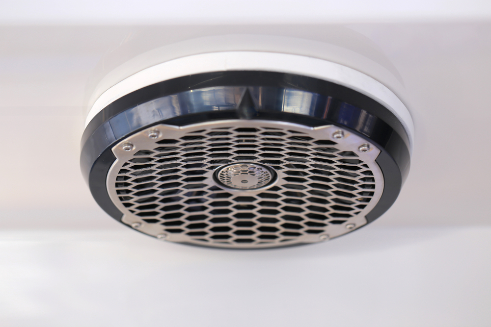 boat speaker sound
