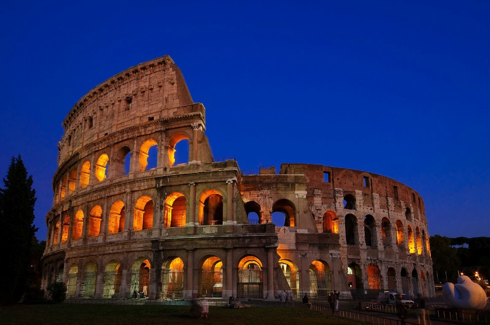 Colosseum-Rome-Italy-Search4ahotel