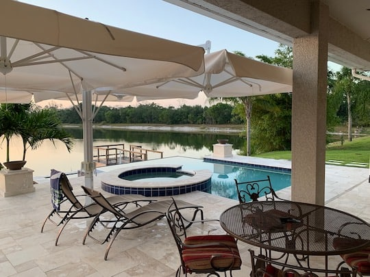 Travertine Marble Pool Deck in Bonita