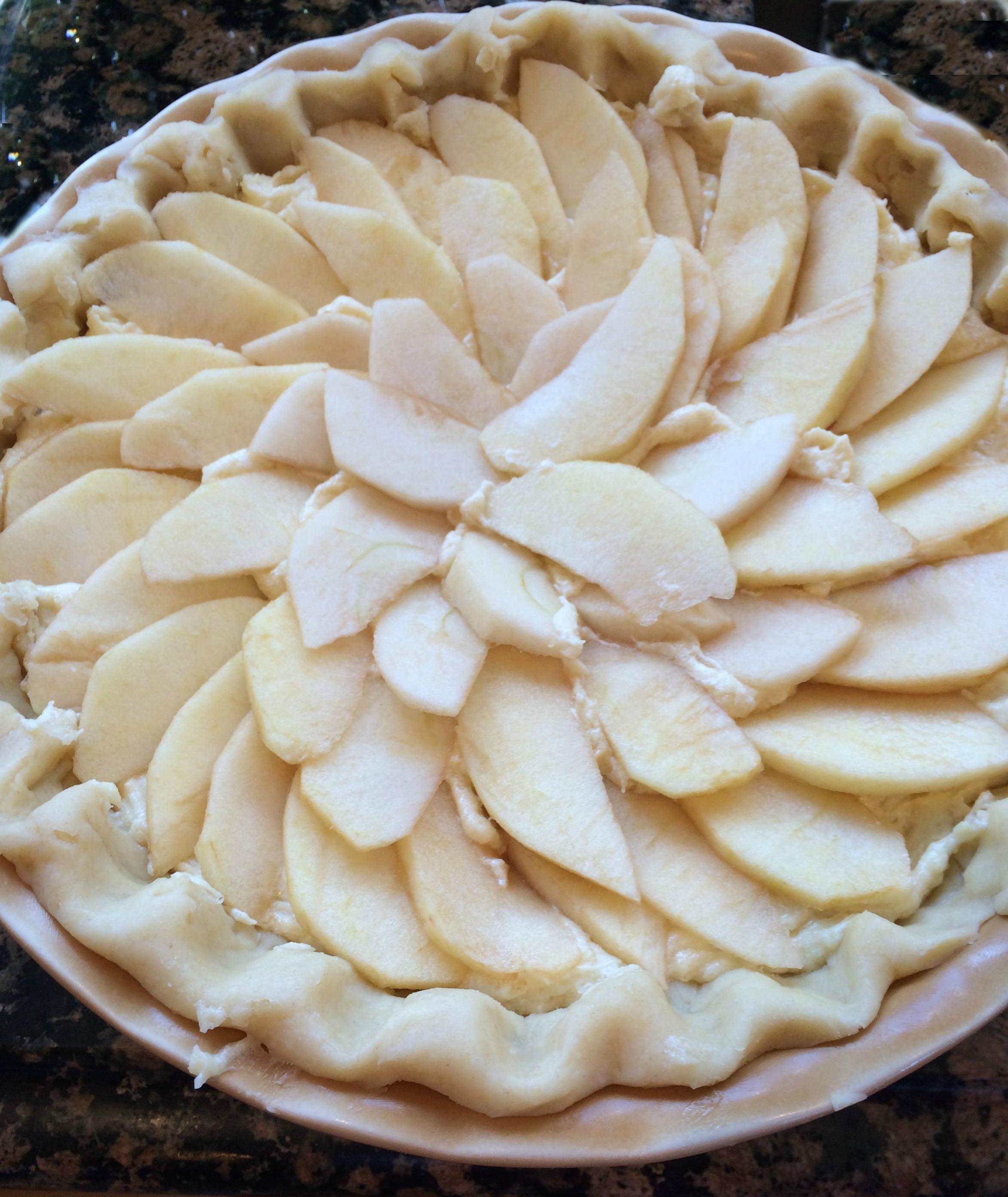 apples on pie