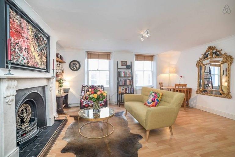 room in soho flat airbnb london