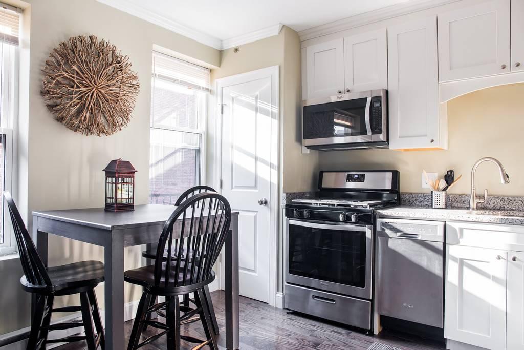 airbnb boston studio near paul revere home