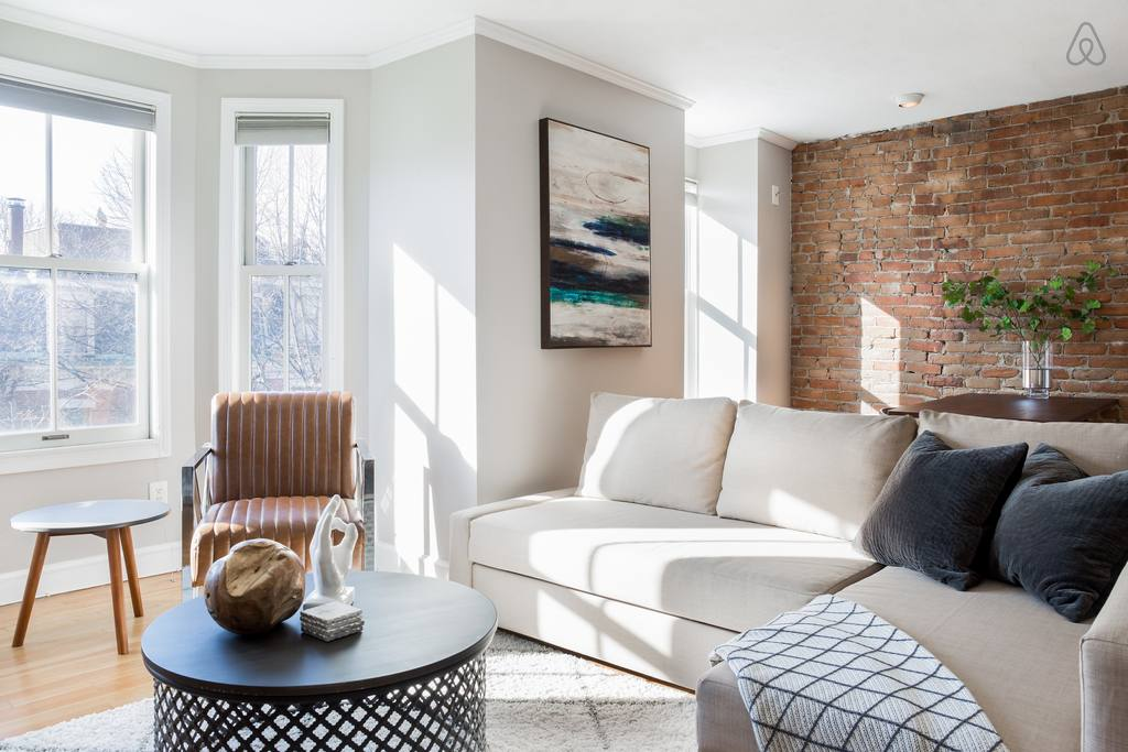 modern airbnb penthouse in boston south end