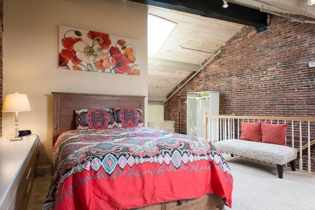 trendy airbnb loft in heart of boston
