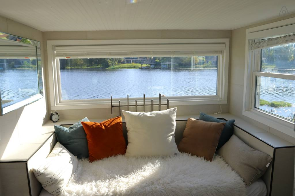 tiny house on lake airbnb orlando