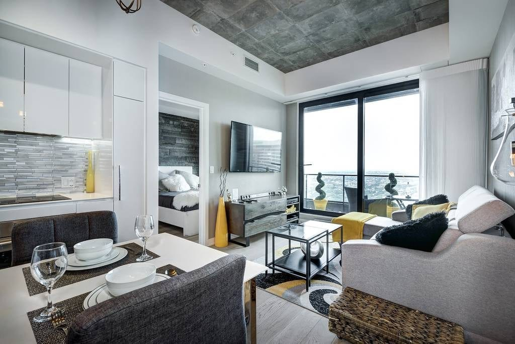 montreal airbnb montreal bell center condo