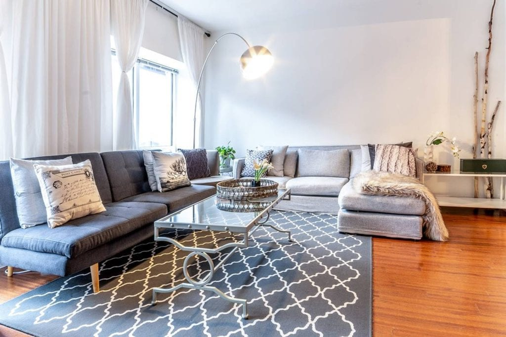 airbnb montreal condo in the heart of the city
