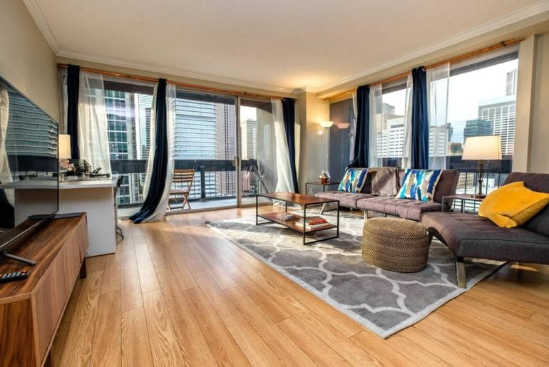 luxury airbnb condo downtown houston