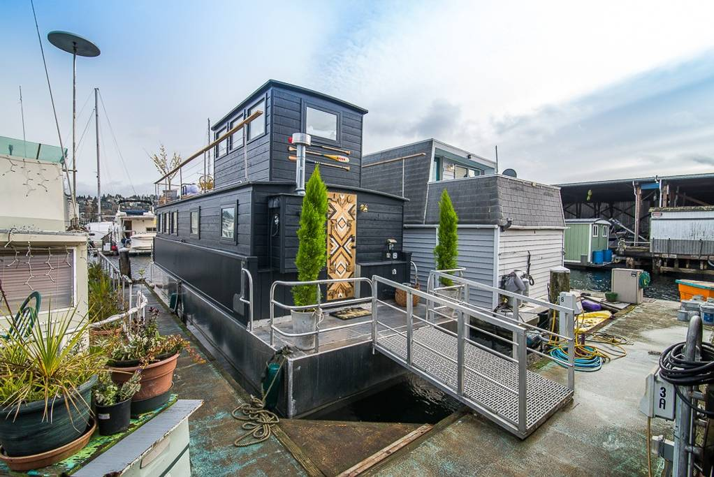 airbnb seattle houseboat
