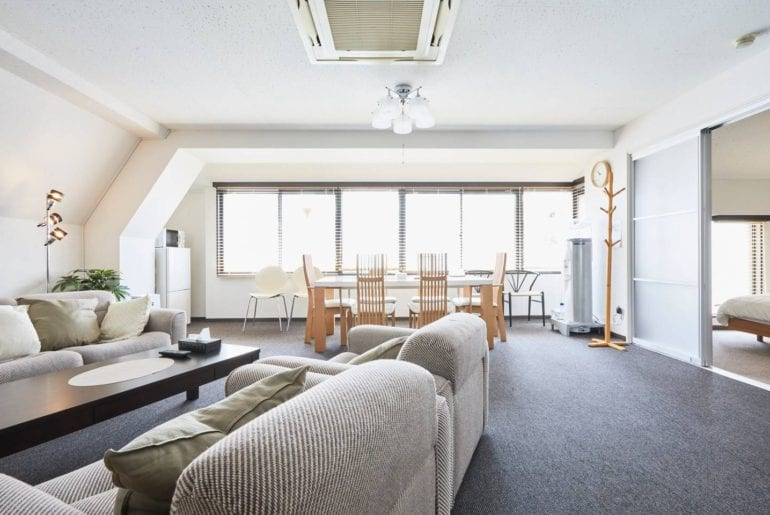 roppongi apartment airbnb tokyo near station