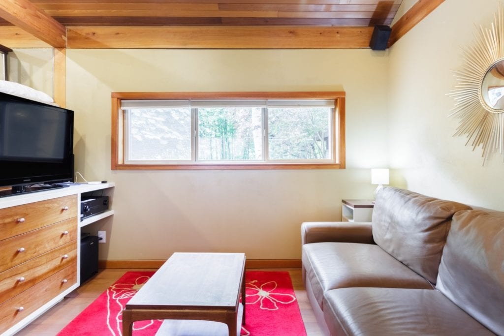 airbnb seattle apartment with sauna