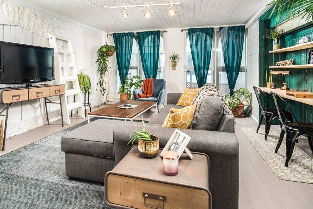 airbnb montreal modernized loft