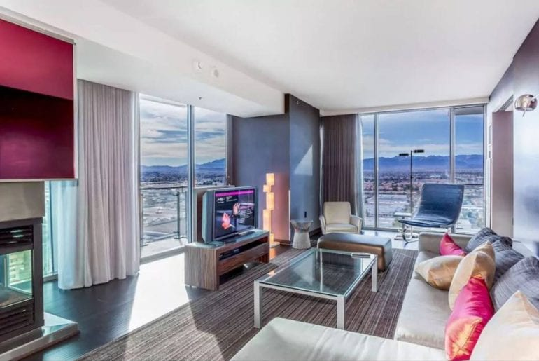 luxury airbnb condo in the palms las vegas
