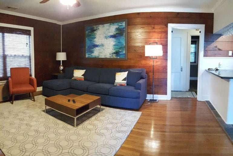 airbnb Houston bungalow in east downtown