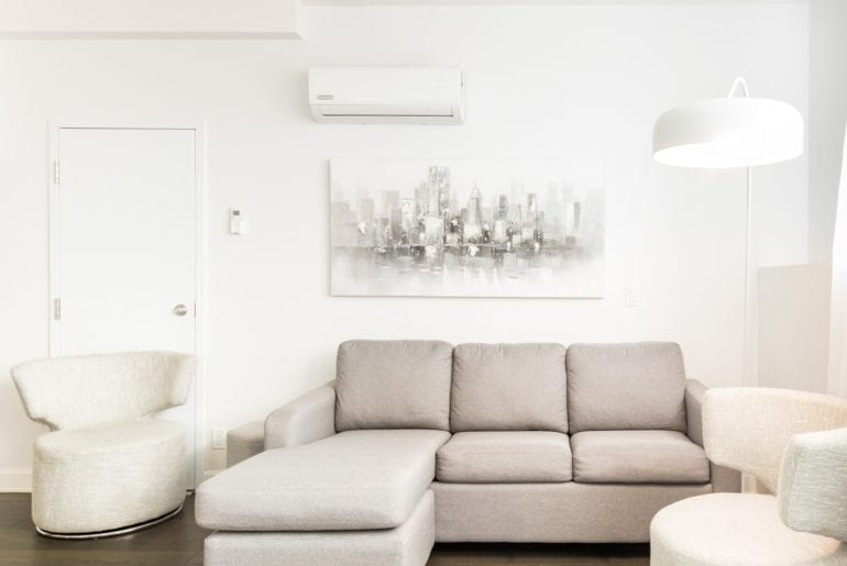 airbnb montreal mile end condo