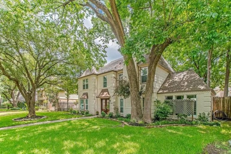 chateau in desirable neighborhood airbnb Houston