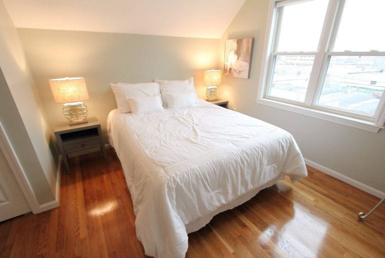 harvard summer school Bright, private corner bedroom